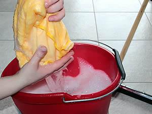 putz-bucket-1290940